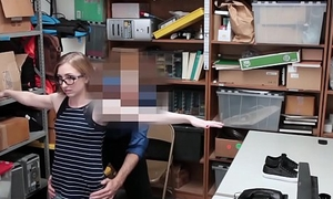 Gorgeous safe-cracker receives an awesome facial by the office-holder of the law